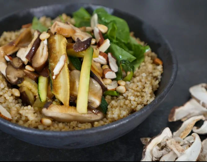 https://k-foodfan.com/wp-content/uploads/2020/10/pyogo-salade-e1601647942968.png